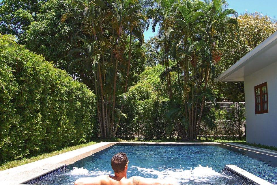 alisea-pool-villa