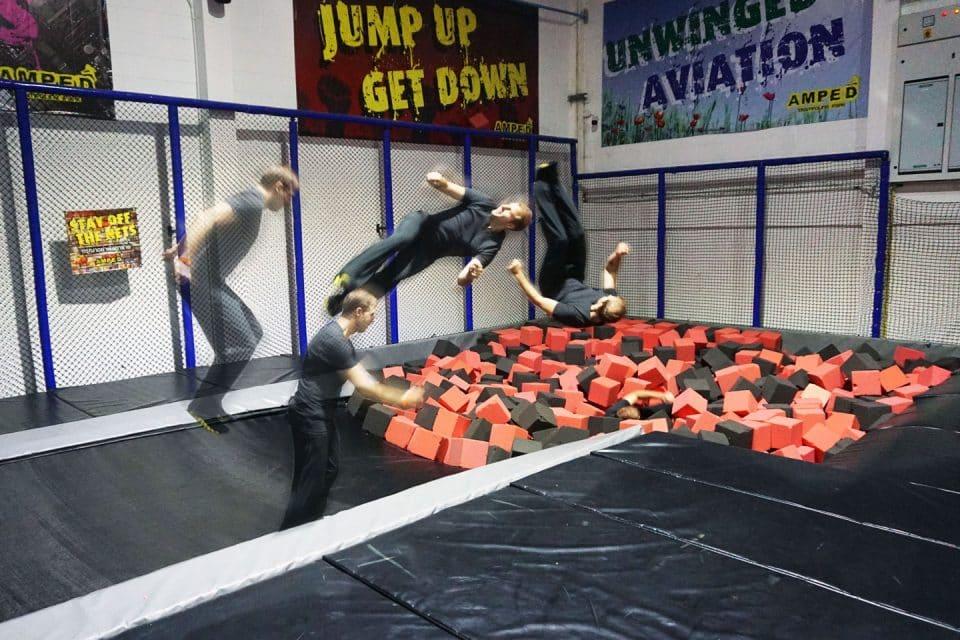 amped-thailand Jump-Flip