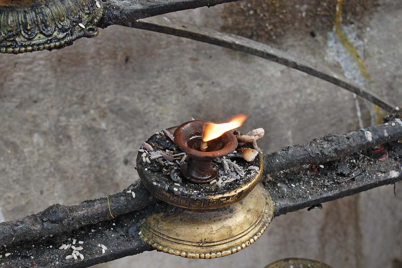 offering burning