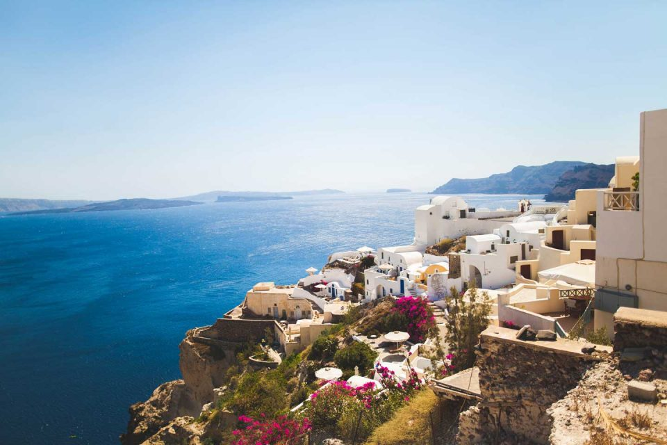 cities-europe-santorini