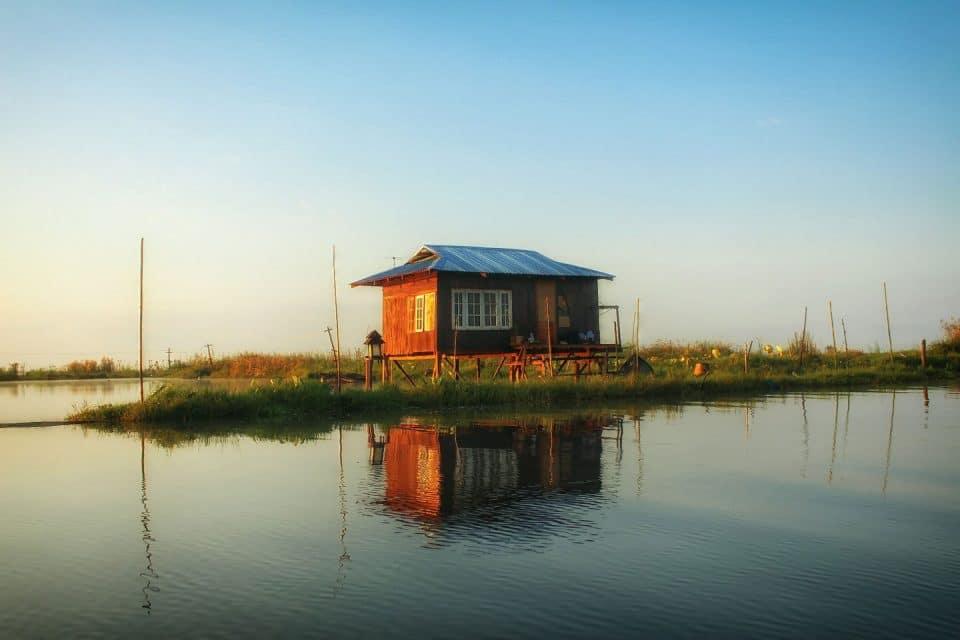 inle-lake-house