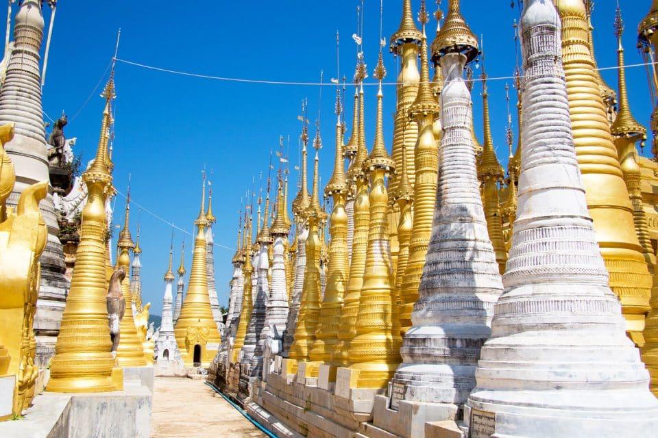 inle-lake-stupas