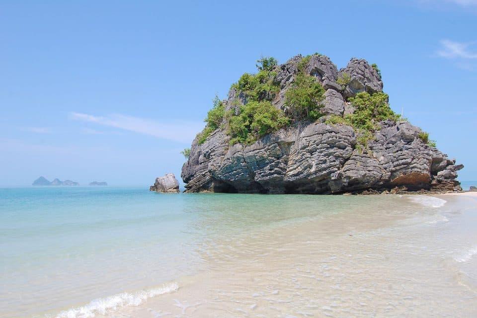 koh-samui-charter-beach