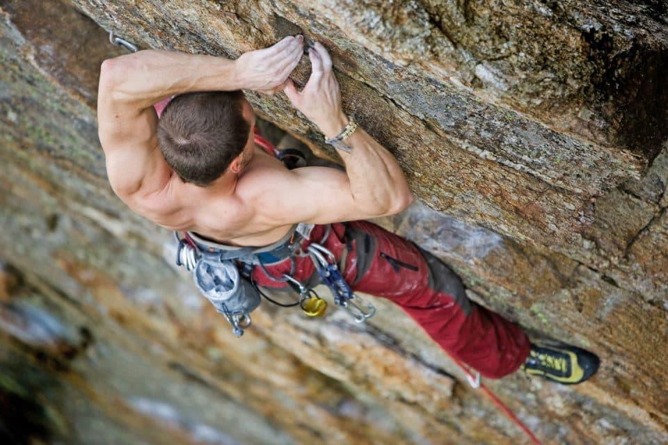 rock-climbing-rug-and-rock