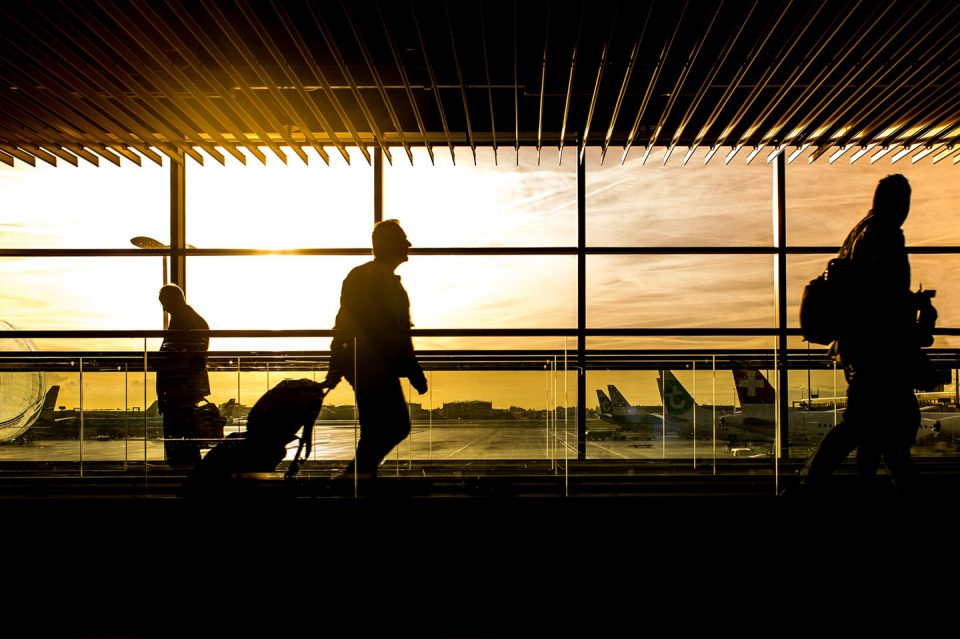 20 travel hacks airports