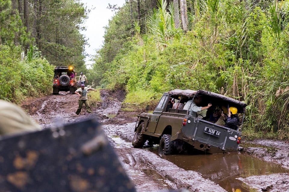 4WD off-raod Bandung Indonesia - Rescue