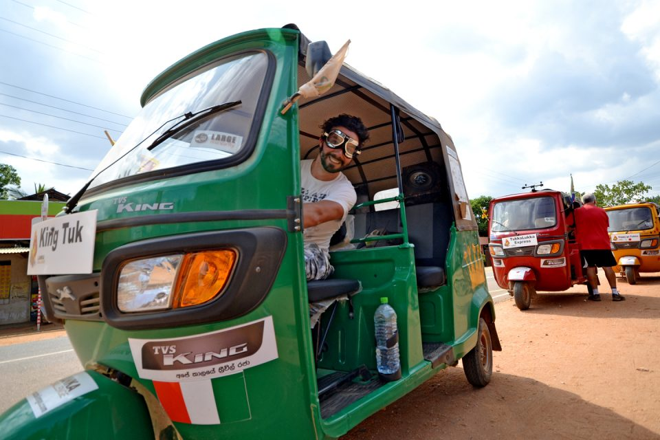best-adventures-sri-lanka-tuktuk