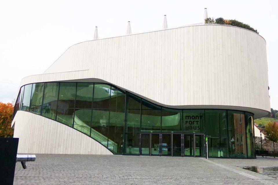 Monfot-Haus-town-centre