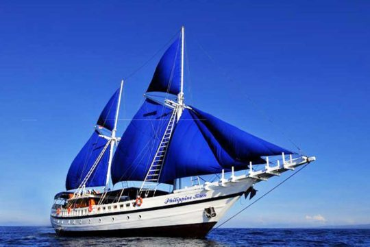 Philippine-Siren-liveaboard-boat