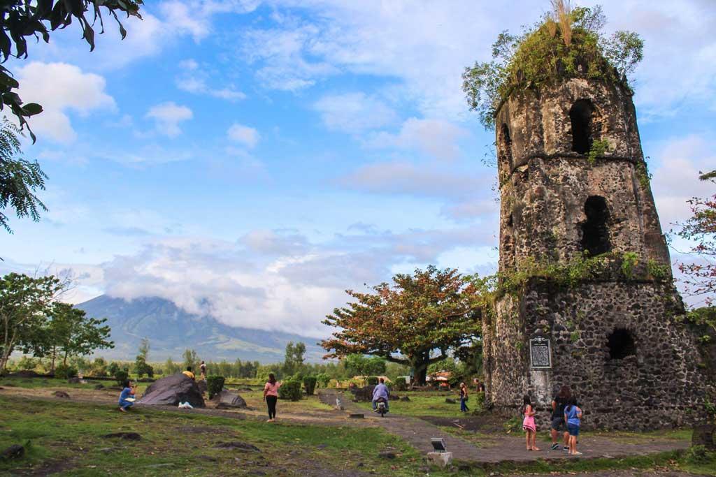 bicol-church