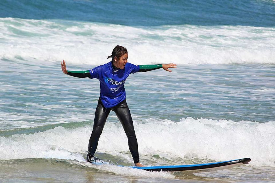 bondi beach surfing-eve
