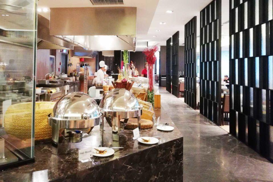 buffet dinner IM Hotel
