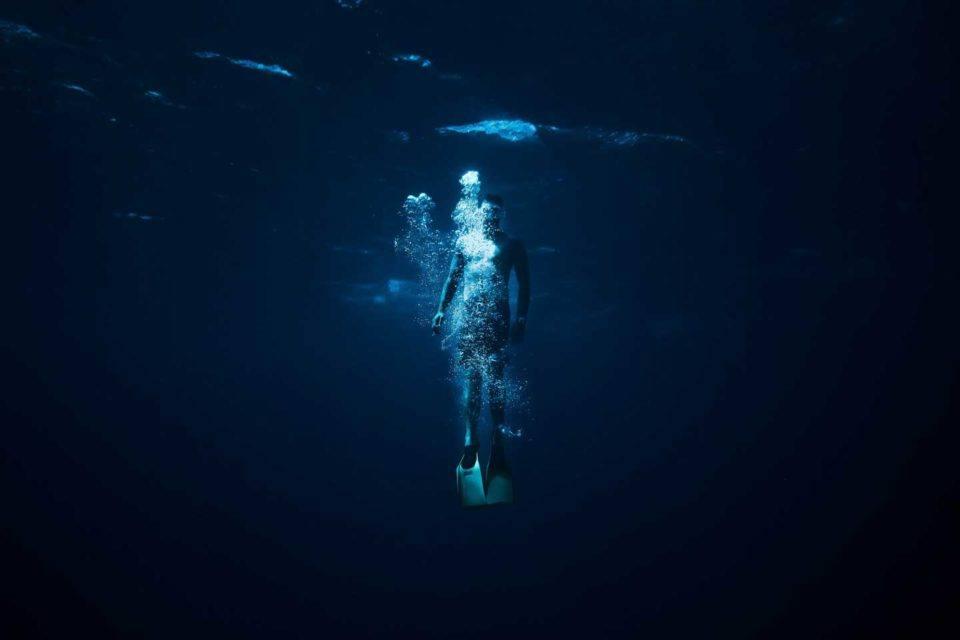 diving blue hole