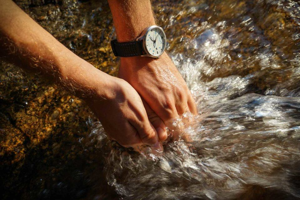 karibu watch waterproof