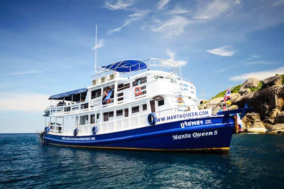 manta-queen liveaboard similan island