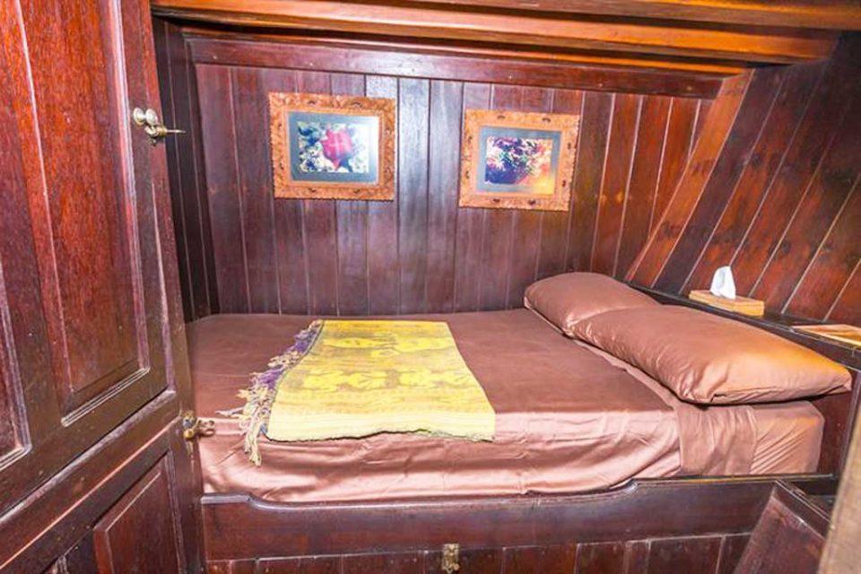 ondina-room raja ampat liveaboard