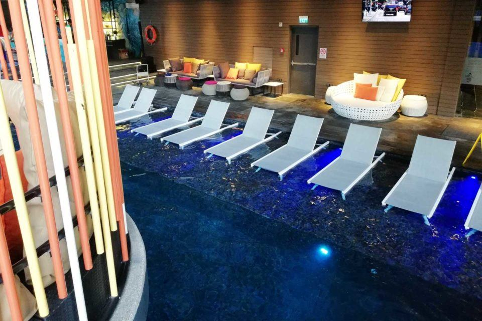 poolside IM hotel