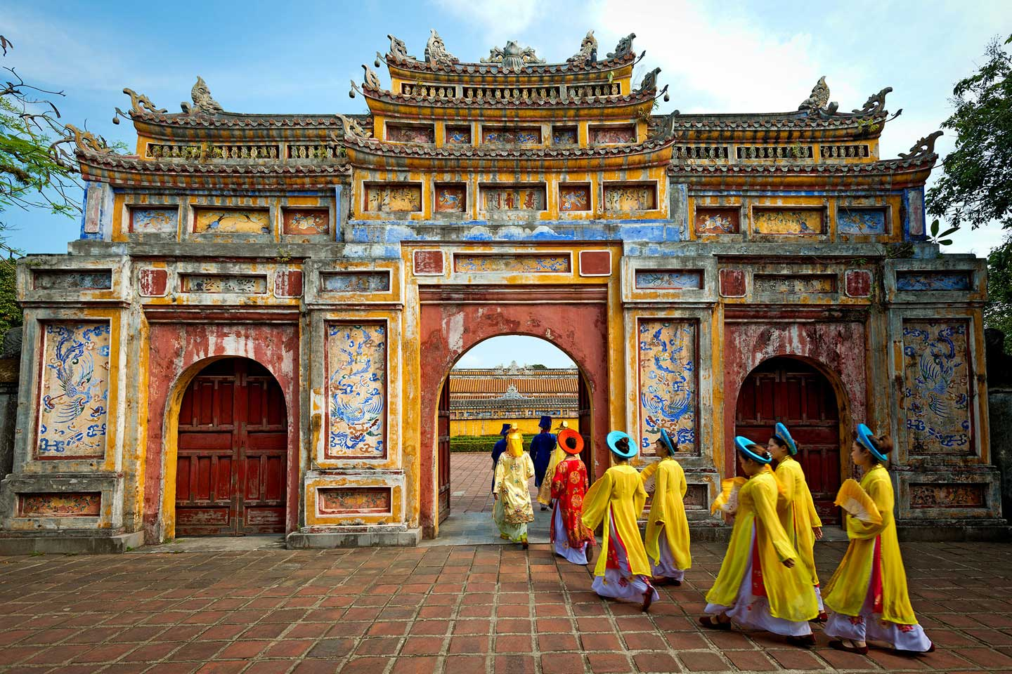 vietnam travel tips a complete guide to the country