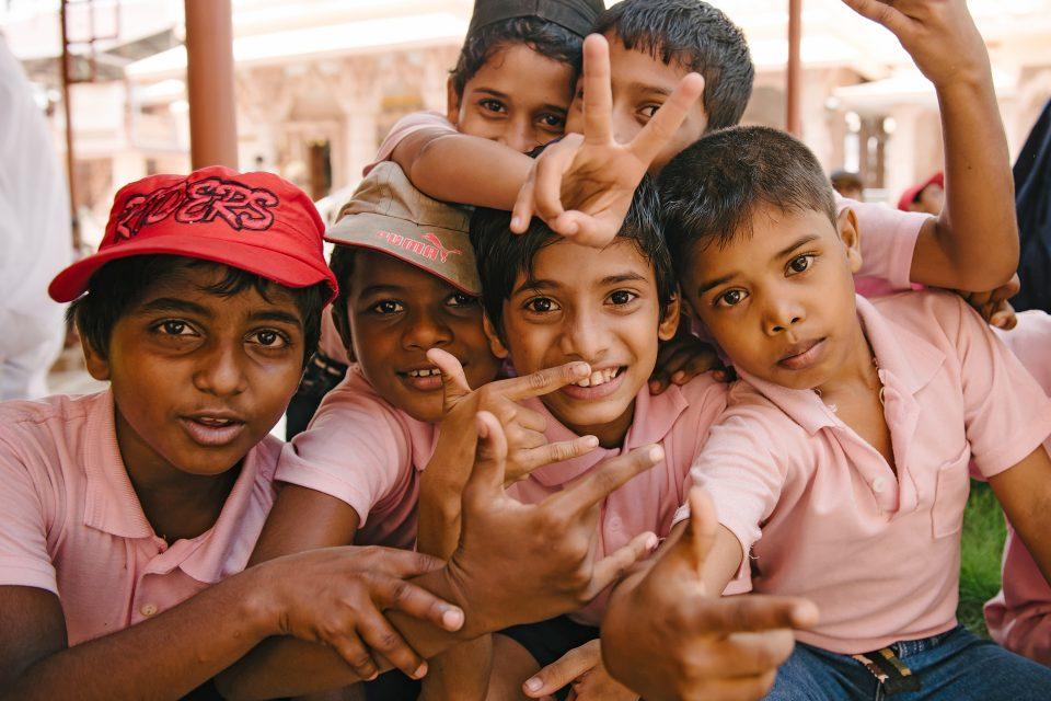 volunteering-children-abroad