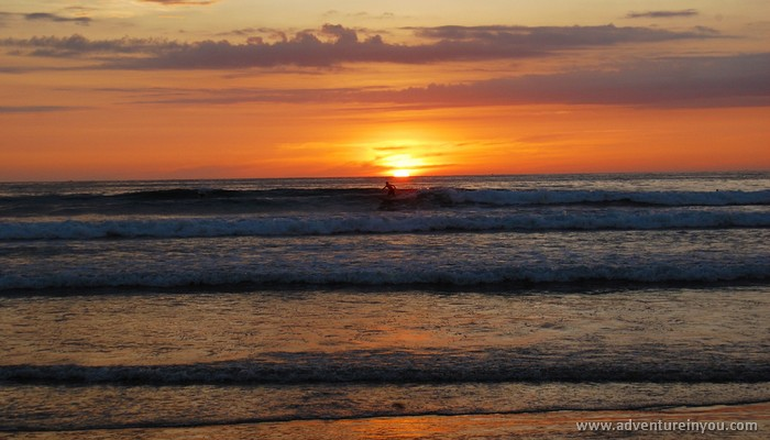 sunset surf in olon