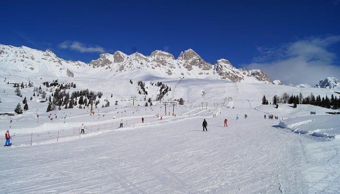 heli skiing italy