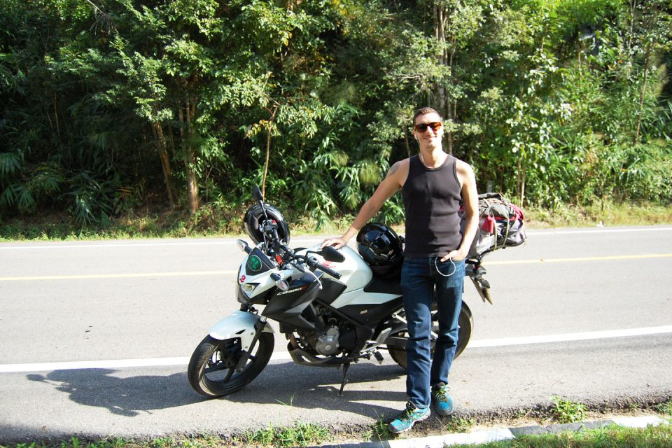 mae hong son loop bike