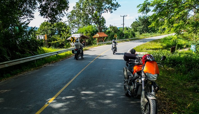 How To Get To Pai From Chiang Mai Bus Plane Or Motorbike