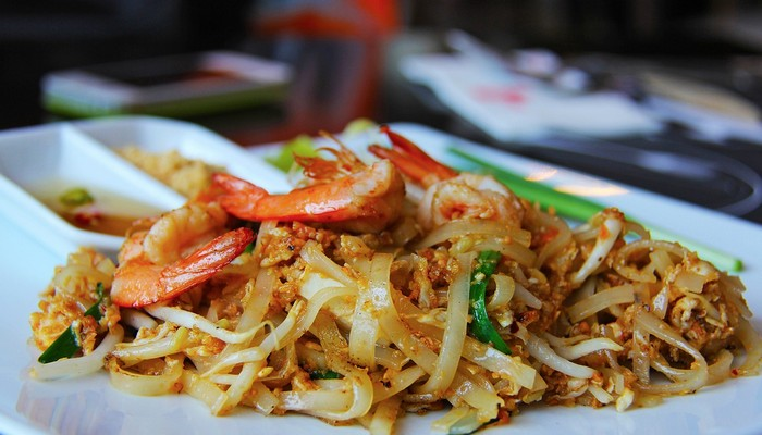 pad-thai thai food