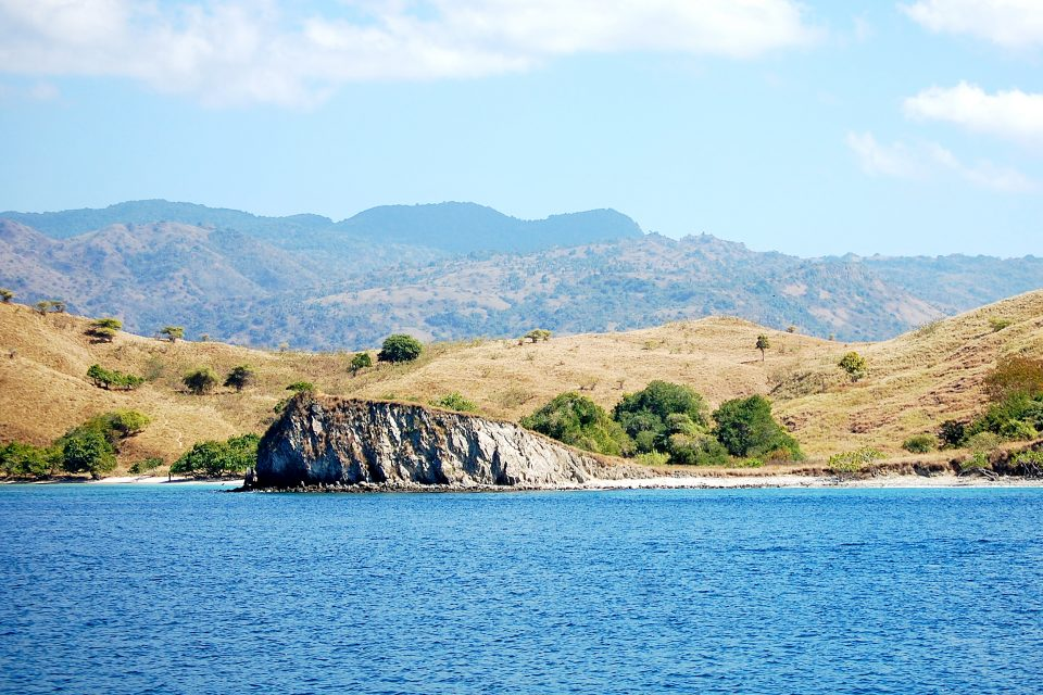 A view of an island from the sea