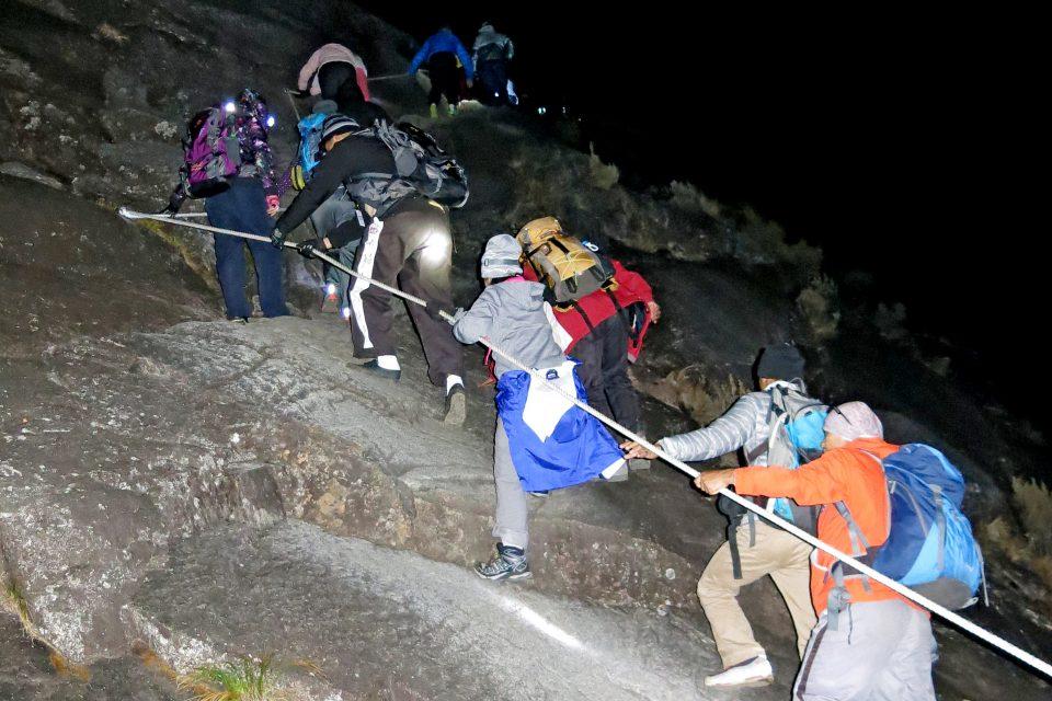 trekking mount kinabalu