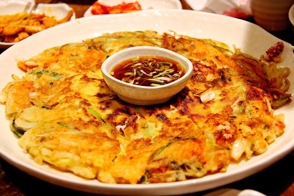 Thai-style omelet