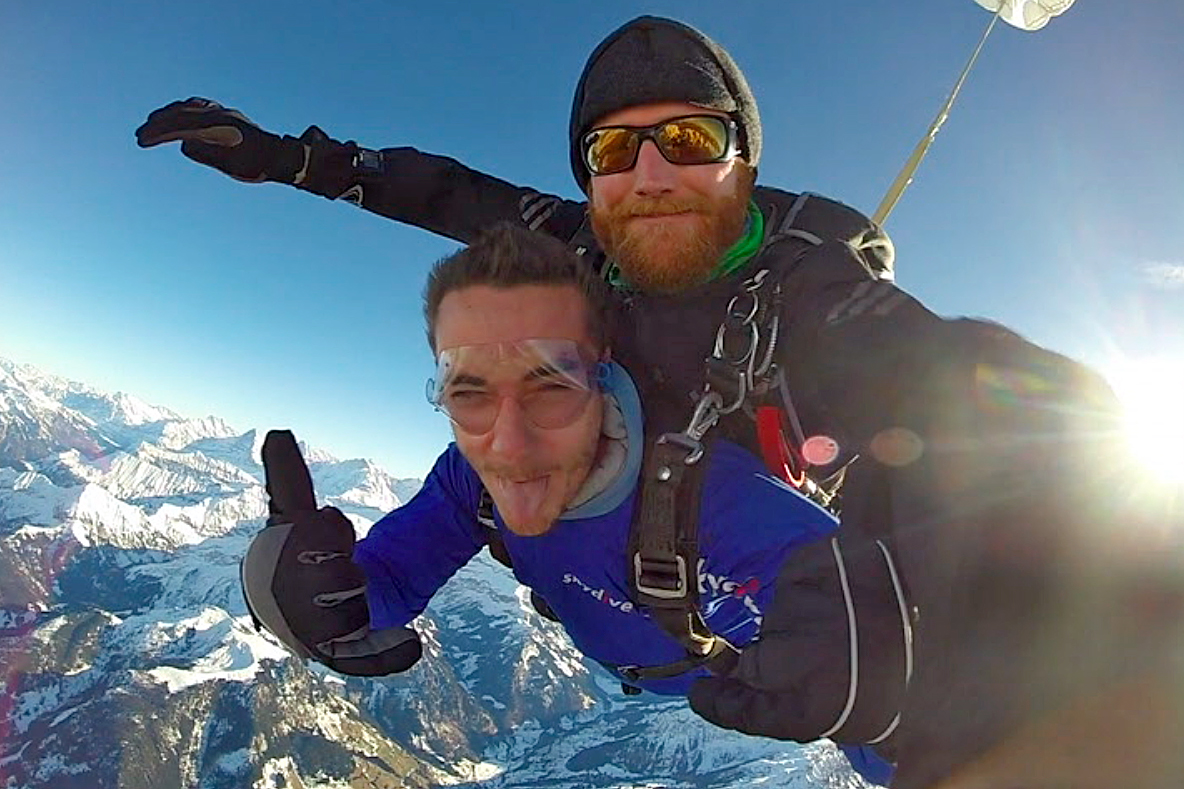 skydiving tom switzerland