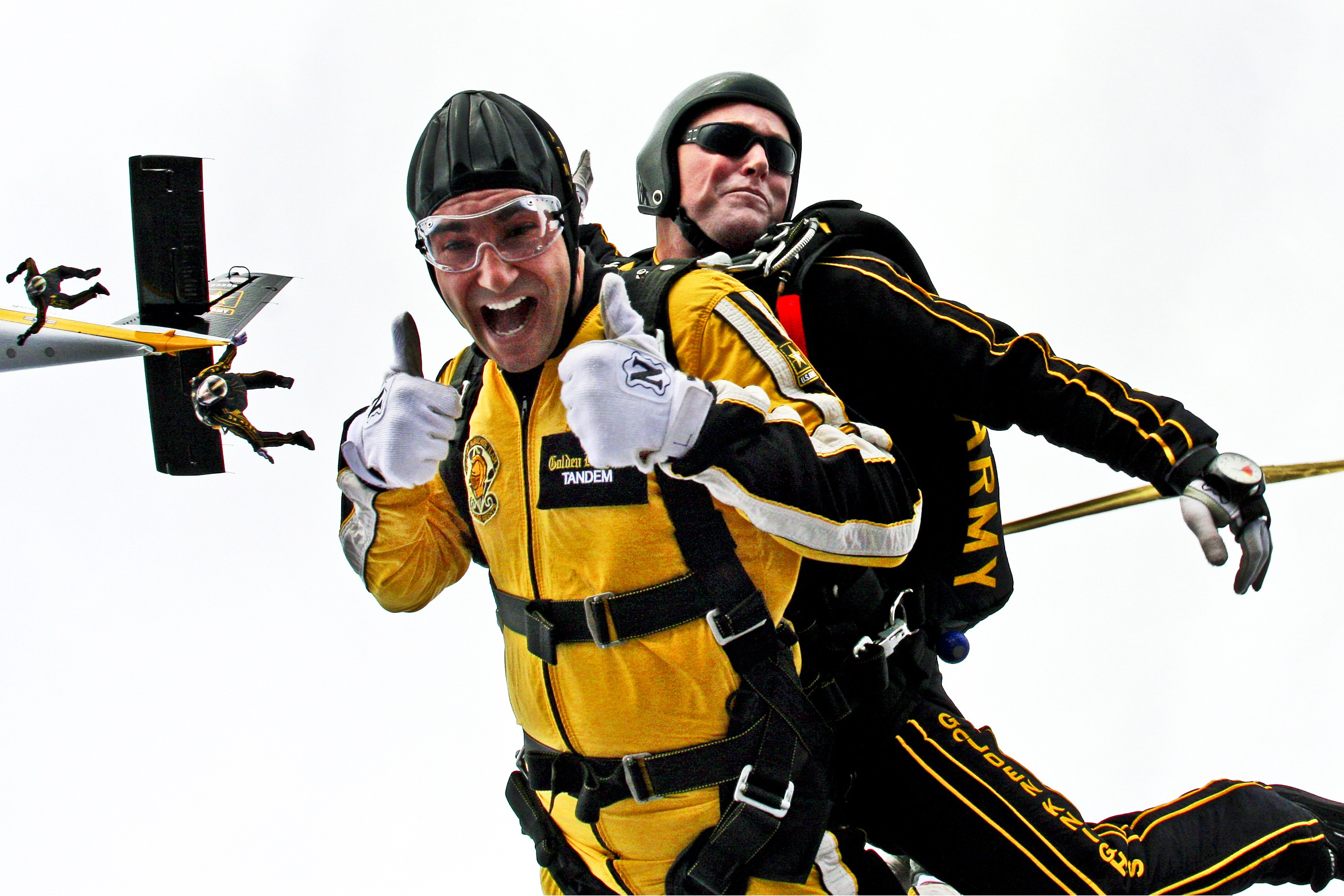 7 Reasons Why You Should Go Skydiving At Least Once In