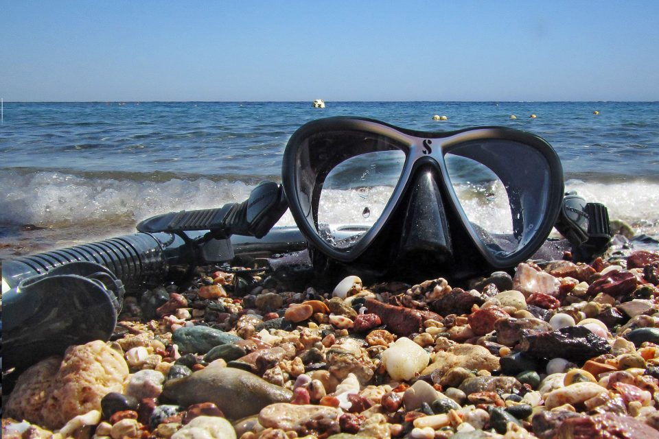 snorkeling gear equipment