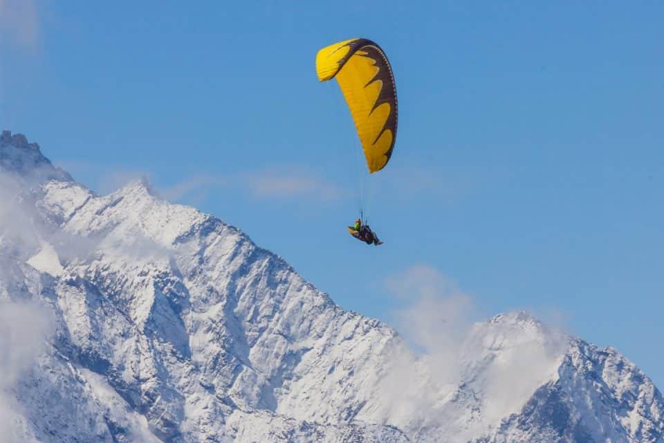 skydiving mount everest