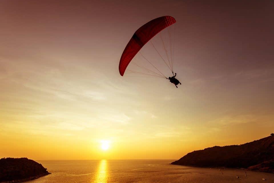 pattaya thailand skydiving