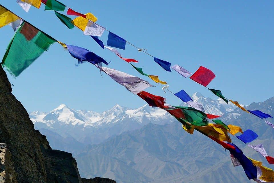 prayer flags ladakh