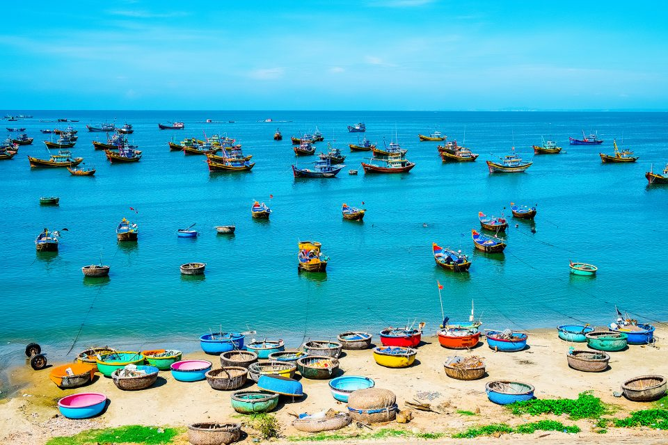 mui ne vietnam boats