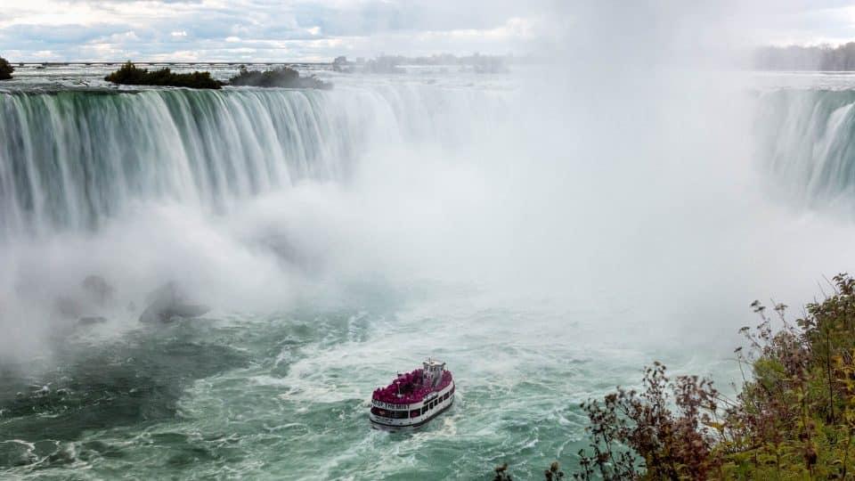 A ferry at Niagara falls