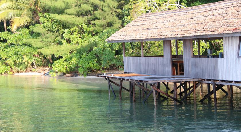 raja ampat where to stay