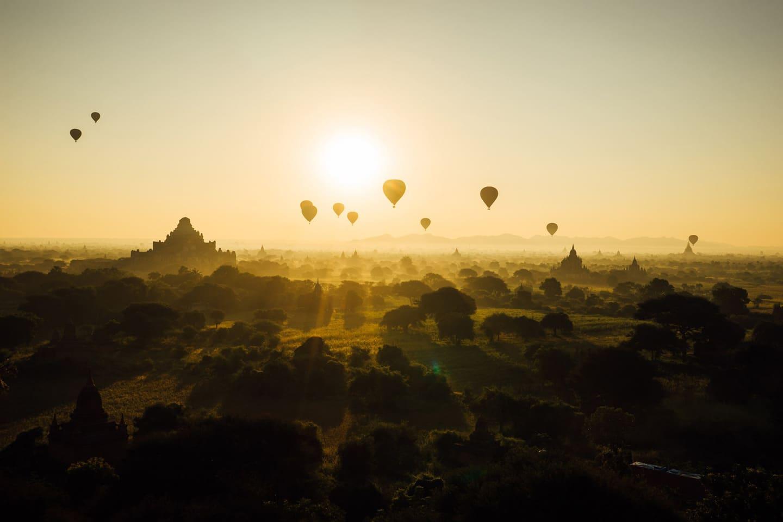 20-photos-myanmar_balloons