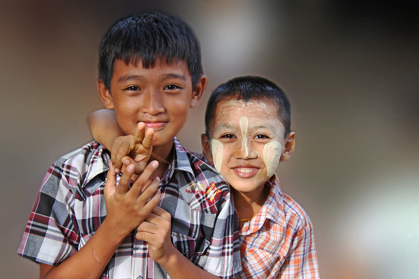 Cute kids in Myanmar