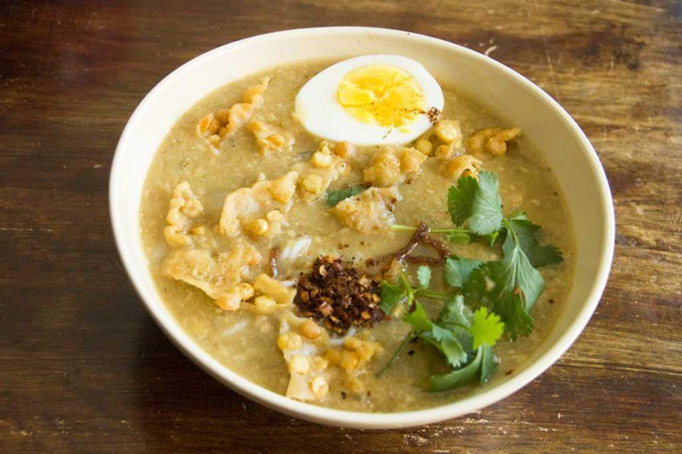 monhinga burmese food