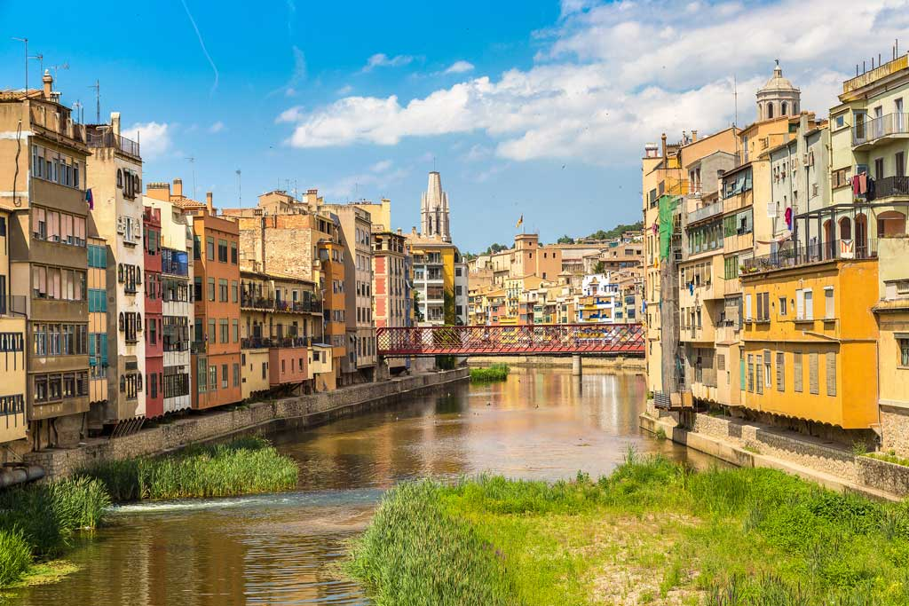 girona-colorful-cities