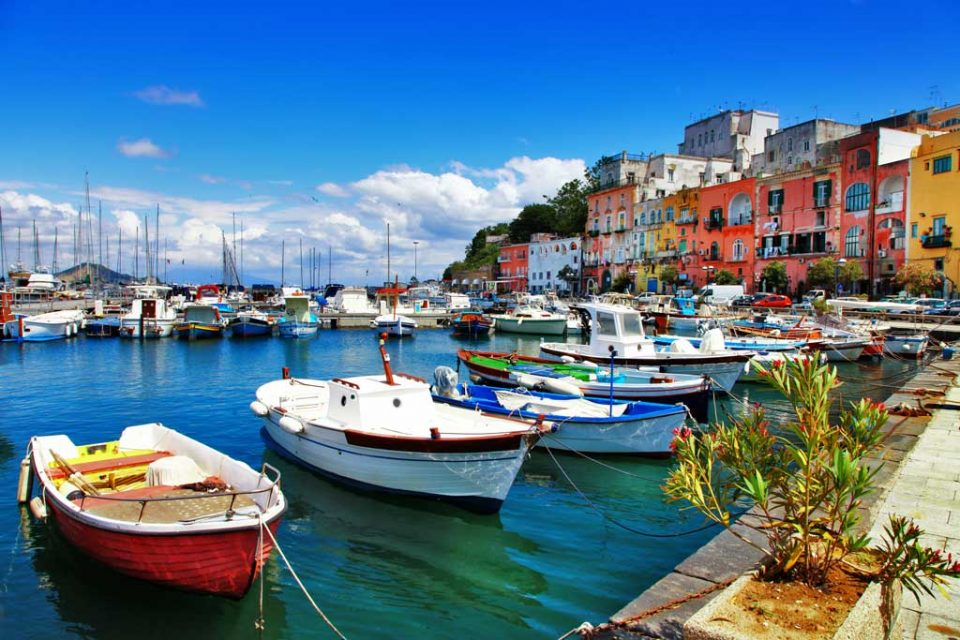 procida-colorful