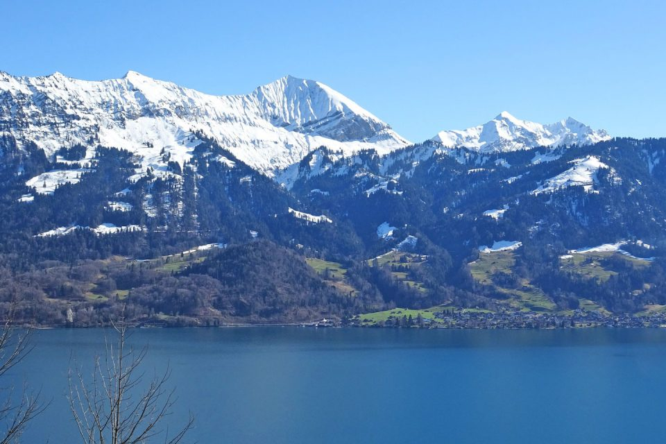 interlaken-mountains