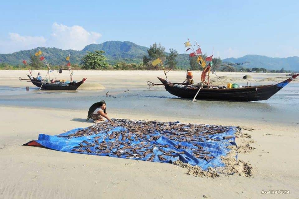 myanmar-beach