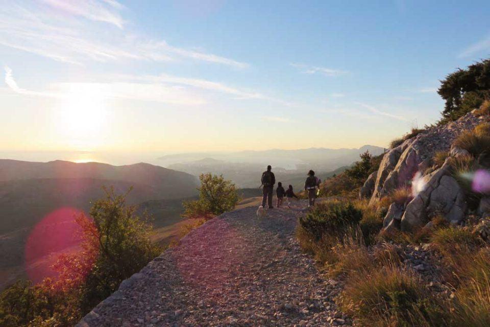 split-hiking
