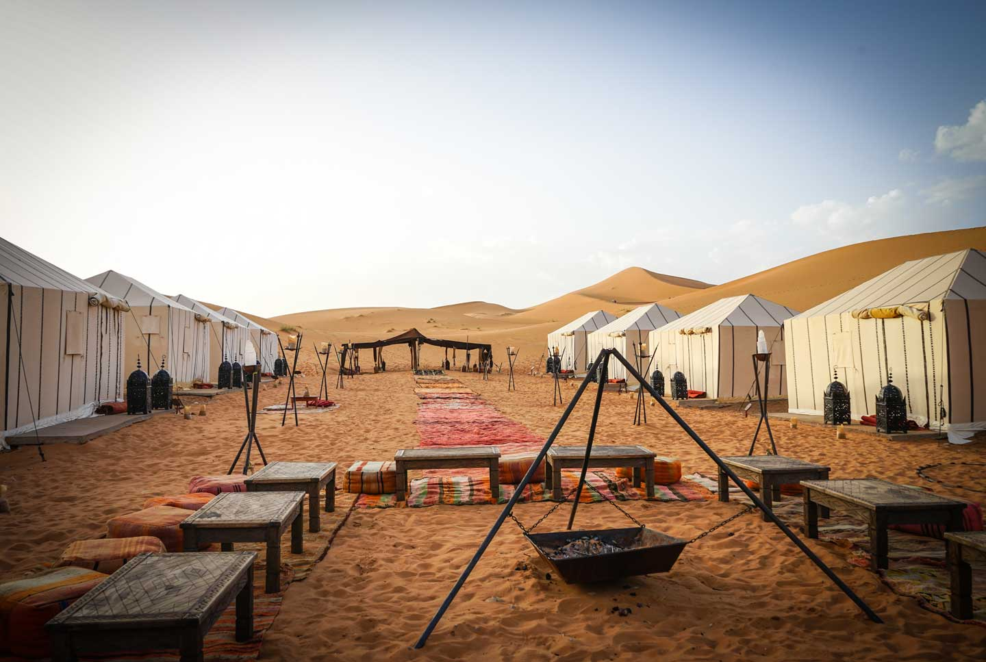 desert-tour camp
