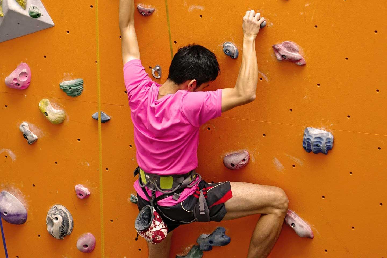 rock-climbing-lead